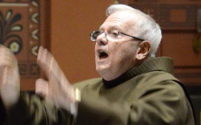 Franciscan Joy: Directing Singers 'Lights up My Life'