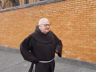 friar running