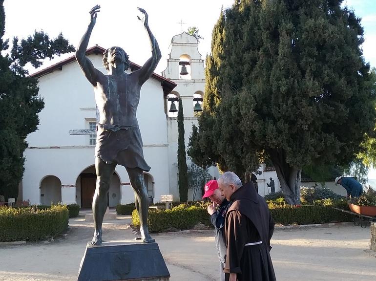 statue, church, friars
