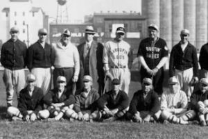 old baseball team photo