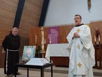 2 friars at funeral