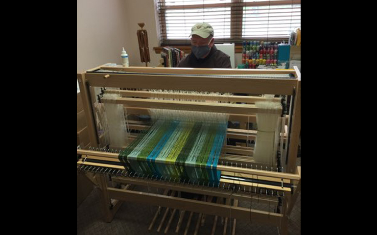 Franciscan Joy: Weaving a compelling yarn